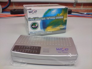 Wise WS-1008D network switch.